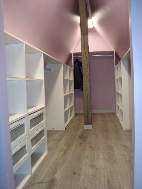 cr ation dressing sous toiture sur cannes. Black Bedroom Furniture Sets. Home Design Ideas